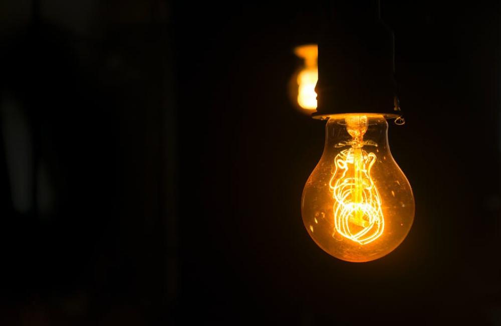 Geld overhouden door te besparen en te vergelijken op energie